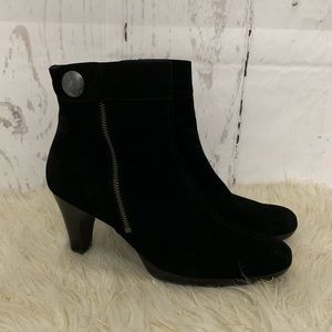 Paul Green Munchen Black Suede Ankle Boots 9.5